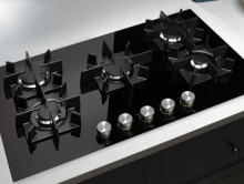 Luxury appliance maker Jenn-Air has introduced a powerful 5-burner glass cooktop that marries the sleek elegance of its Euro-Style design collection with bold, eye-catching design. (PRNewsFoto/Jenn-Air)